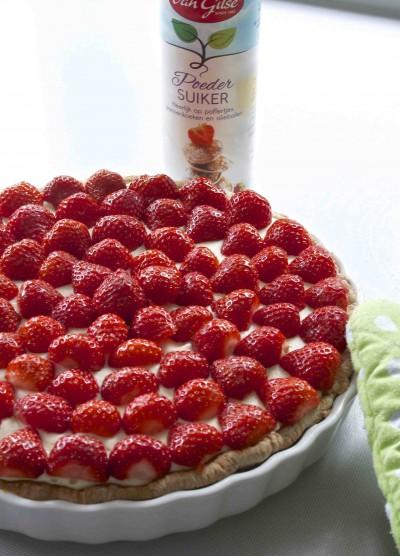 Aardbeien-chocoladetaart