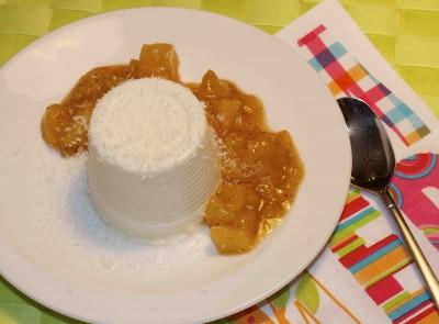 Kokos pannacotta met mangocoulis